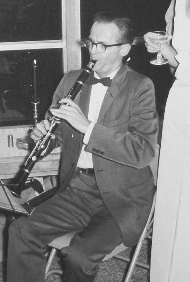 William Lipscomb playing the clarinet at the wedding of his student Tom Steitz